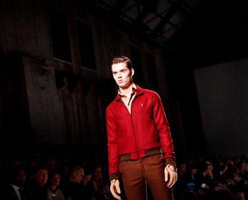 Nederland, Amsterdam, 25-01-2012 Amsterdam Fashion week 2012 OPening avond. 19:00 - LG presents Sjaak Hullekes Catwalk. PHOTO AND COPYRIGHT ROGER CREMERS