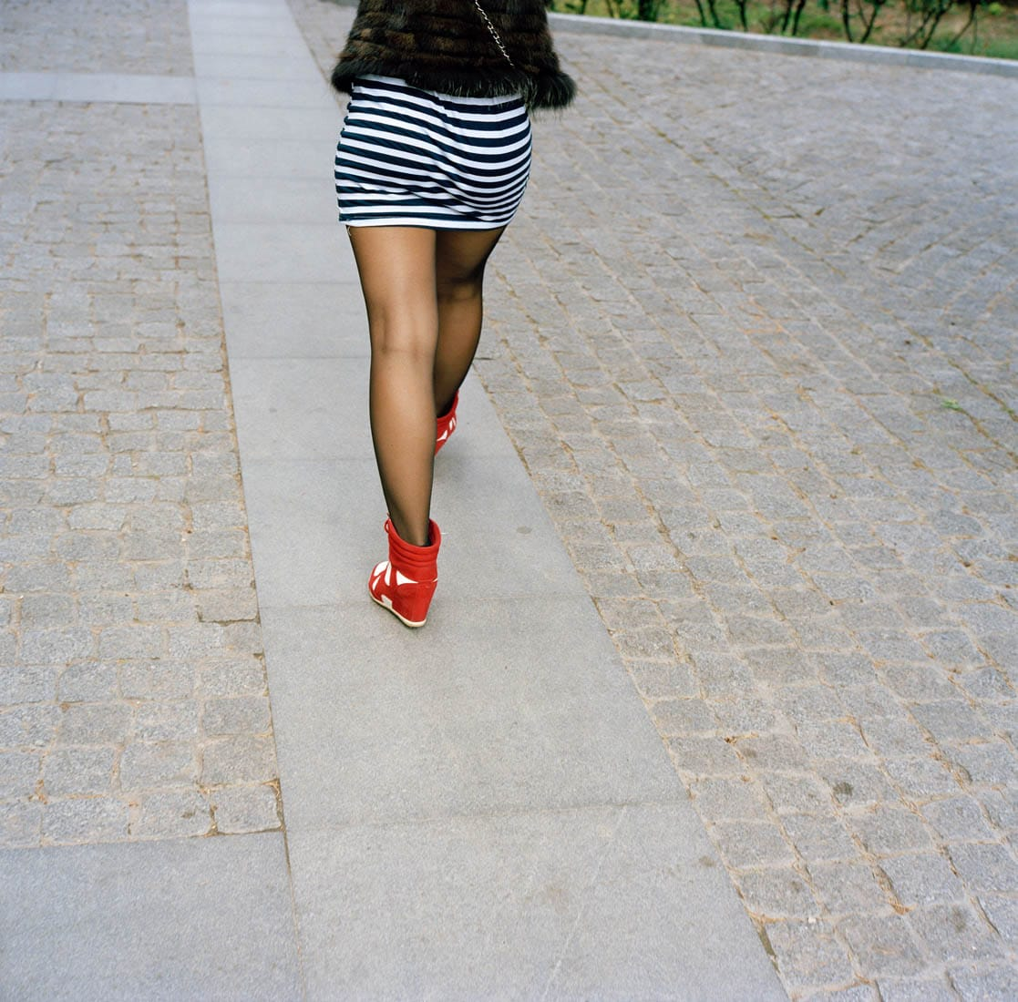 Ukraine, Yalta, 22-09-2013 Beautiful high heeled woman legs in the streets of Yalta PHOTO AND COPYRIGHT ROGER CREMERS