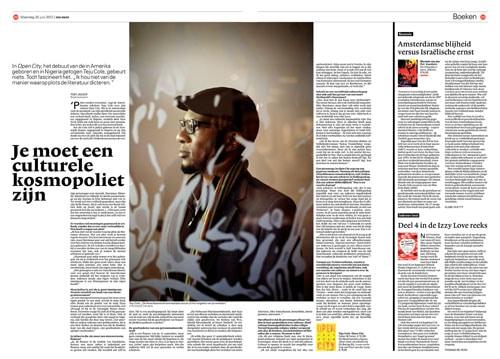 Teju Cole in NRC Handelsblad by Roger Cremers