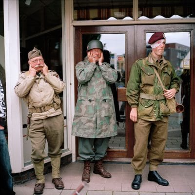 Nederland, Hengelo (Gelderland), 30-08-2009 Het Achterhoeks Museum 1940-1945 in hengelo Gld. organiseerd de Slag om de Achterhoek. Britse Soldaten The war museum Het achterhoeks Museum 1940-1945 organised a re-enactment battle around the church in Hengelo (Gelderland). British soldiers from WO II PHOTO AND COPYRIGHT ROGER CREMERS