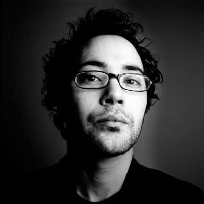 Asis Aynan is afgestudeerd in bestuurskunde en nu student filosofie aan de UVA en schrijft zelf ook, columns voor Multined en momenteel voornamelijk proza. PHOTO AND COPYRIGHT ROGER CREMERS