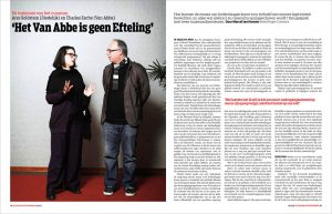 Charles Esche en Ann Goldstein in de groene amsterdammer by roger Cremers