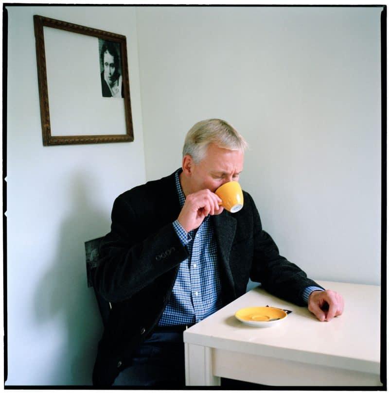 Nederland, Amsterdam, 21-09-2007 Olaf Olafsson, (Ólafur Jóhann Ólafsson) (Reykjavik, 1962) is een IJslands auteur. Ólafur studeerde aan de universiteit van Brandeis (nabij Boston) en leidt twee totaal verschillende levens. Enerzijds is hij executive vice president van Time Warner in New York, anderzijds is hij een bestsellerauteur. PHOTO AND COPYRIGHT ROGER CREMERS