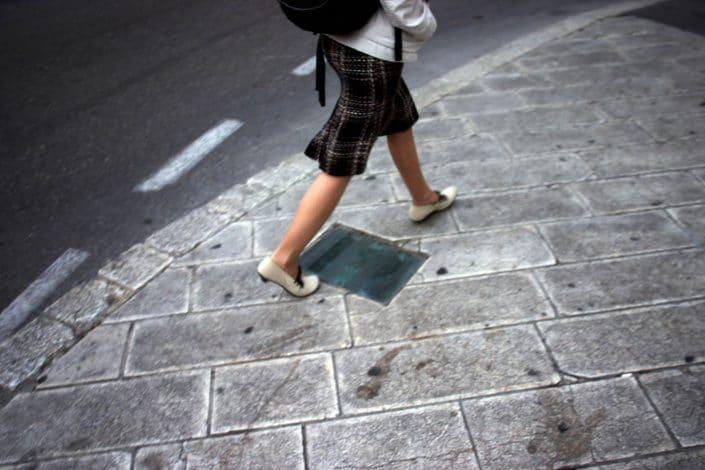 Israel, Jerusalem, 08-03-2006 Beautiful en elegant woman legs on high heels in the streets on Jaffa Street in Jerusalem. PHOTO AND COPYRIGHT ROGER CREMERS