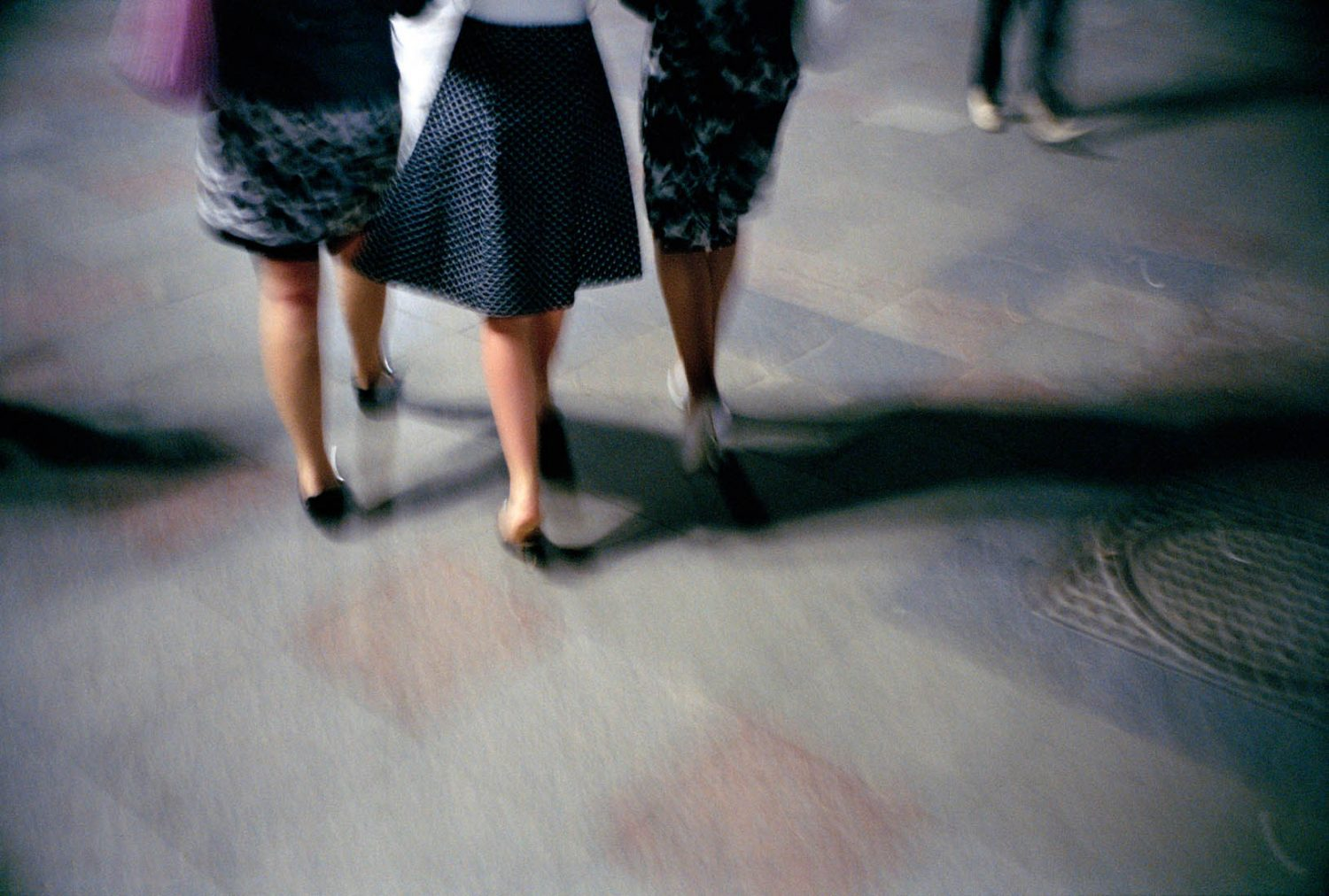 Oekraine, Krim, Jalta, 07-06-2008 Beautiful and elegant women legs on high heels going out in Yalta PHOTO AND COPYRIGHT ROGER CREMERS