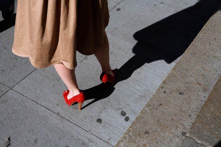 Verenigde Staten van Amerika, New York, 17-10-2008 Benen in de straten van New York PHOTO AND COPYRIGHT ROGER CREMERS