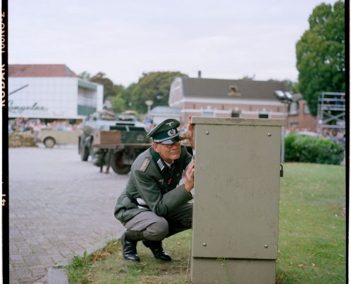 Nederland, Hengelo (Gelderland), 30-08-2009 Het Achterhoeks Museum 1940-1945 in hengelo Gld. organiseerd de Slag om de Achterhoek. The war museum - Het achterhoeks Museum 1940-1945 - organised a re-enactment battle around the church in Hengelo (Gelderland) PHOTO AND COPYRIGHT ROGER CREMERS