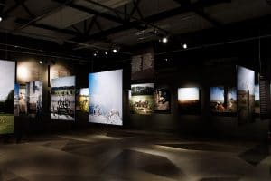 Nederland, Amsterdam, 26-04-2016 Expositie World War Two Today in het Verzetsmuseum te Amsterdam. Ontwerp Jeroen de Vries PHOTO AND COPYRIGHT ROGER CREMERS