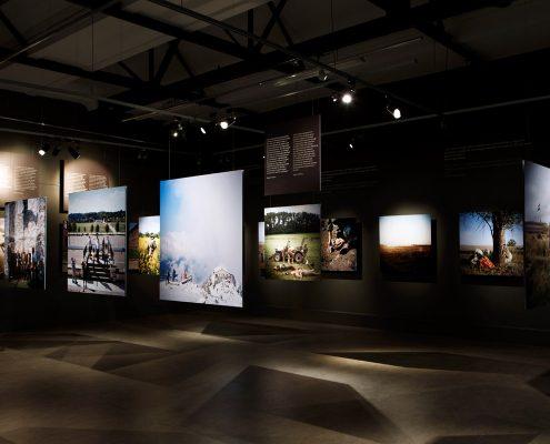 Nederland, Amsterdam, 26-04-2016 Expositie World War Two Today in het Verzetsmuseum te Amsterdam. Ontwerp Jeroen de Vries PHOTO AND COPYRIGHT ROGER CREMERS